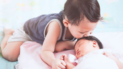 How-to-prepare-your-child-for-a-new-baby