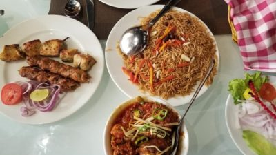 table food 400x225 - My love for food versus Diets